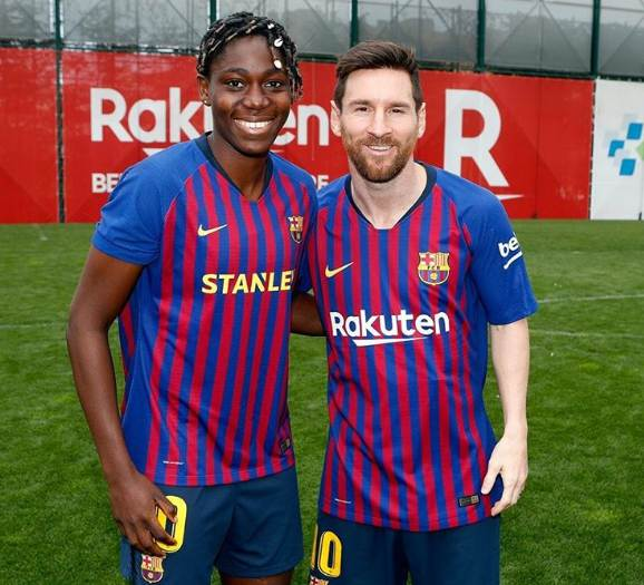 Asisat Oshoala biography, age, net worth, facts, and football career.