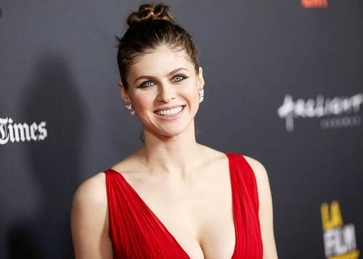 Alexandra Daddario Net Worth 2020, Biography, Age, Husband, Instagram and Facts