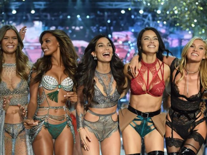 Top 16 hottest and best Victoria's Secret Angels Of 2020