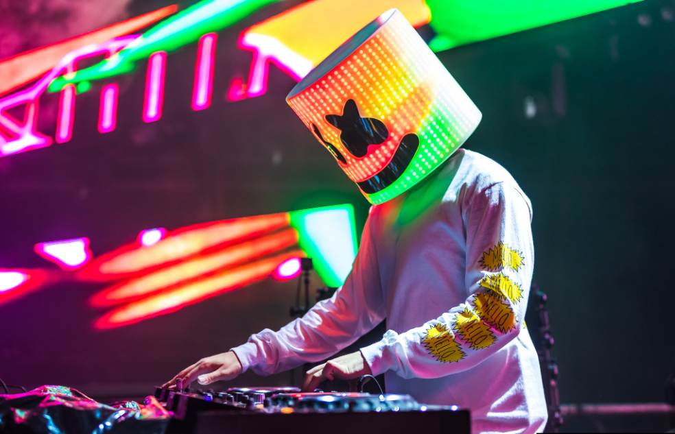 Top 10 Best DJs in the World in 2020