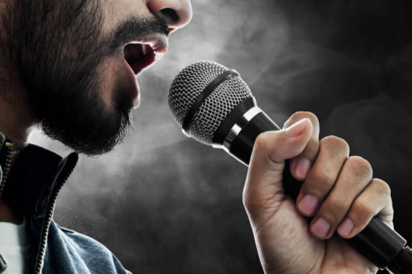 10 Pro tips on How to Train Your Voice: For Beginners