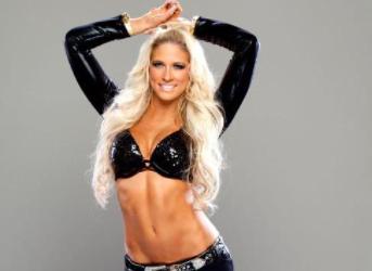Hottest WWE Female Wrestlers 2021