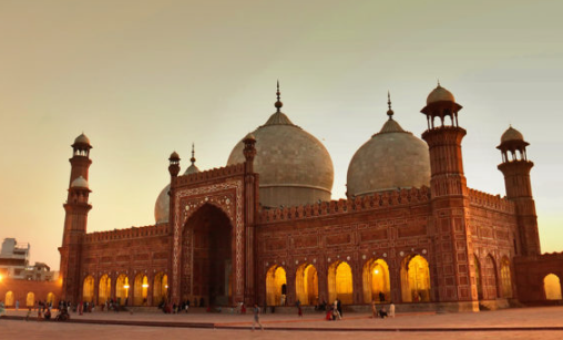 Top 10 Largest Mosques in the World 2021