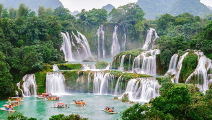 Top 10 Best Waterfalls in the World 2021