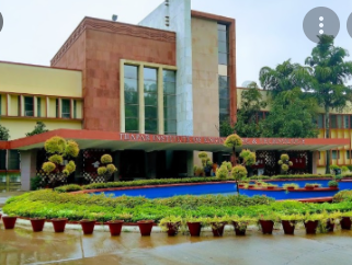 Top 10 Most Expensive Universities In India 2021
