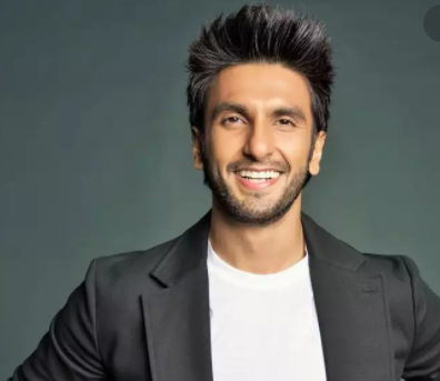 Top 10 Richest Bollywood Actors in India 2021
