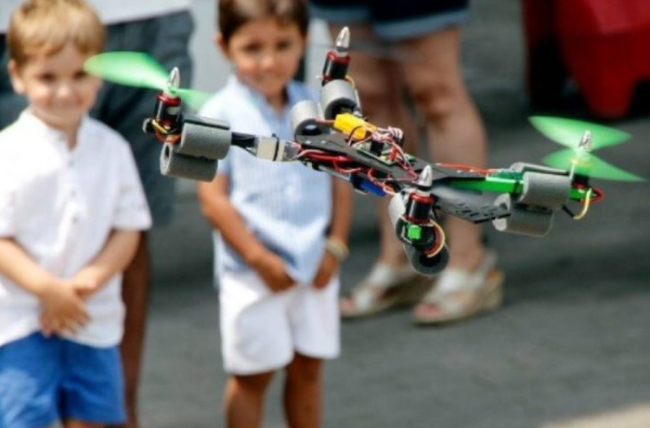 10 Best Drones for Kids and Teenagers